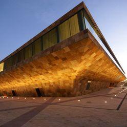Bona en el Palacio de congresos La Llotja Bona Walls & flooringPaint & finishes