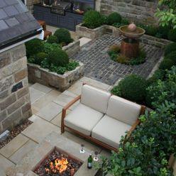 Urban Courtyard for Entertaining Bestall & Co Landscape Design Ltd Jardins modernos