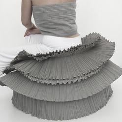 ROSA PLISSE' POUFF BY POEMO DESIGN POEMO DESIGN Paesaggio d'interni