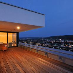 Haus Rheinblick wirges-klein architekten Moderner Balkon, Veranda & Terrasse