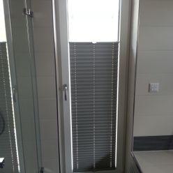 Plissee // perfekter Sicht-/Sonnenschutz und auch zur Abdunkelung geeignet derraumhoch3 Fenster & TürFensterdekoration