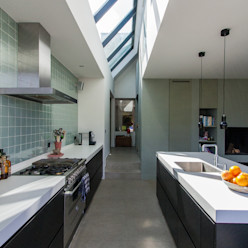 Woning te Vreeland ScanaBouw BV Moderne keukens