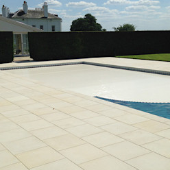 Swimming Pool - with cover Aqua Platinum Projects Classic style pool