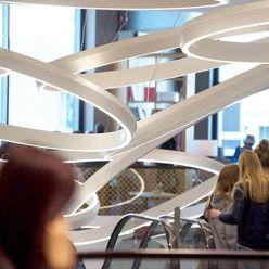 Spiel der Licht Ringe Jens Thasler.designer-architekt Minimalistische Einkaufscenter Plastik Weiß