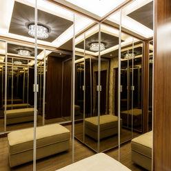 Casa Villa Designer de Interiores e Paisagista Iara Kílaris Closets Madeira Castanho