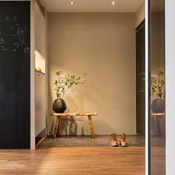 賀澤室內設計 HOZO_interior_design homify 隨意取材風玄關、階梯與走廊