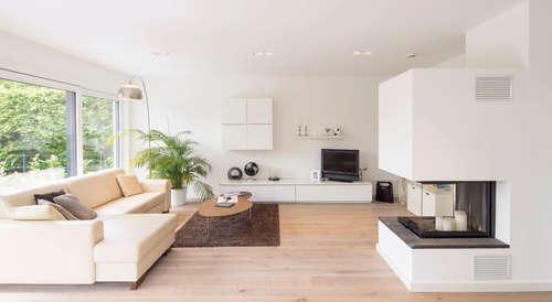BAUHAUS UNIKAT   Der Kaminofen Im Wohnzimmer Sorgt Für Eine Gemütliche  Atmosphäre : Moderne Wohnzimmer