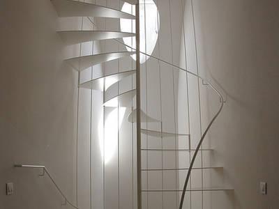 Pasillos, vestíbulos y escaleras de estilo moderno de lauro ghedini & partners _ architecture.design   studio