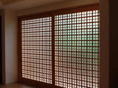 หน้าต่าง by 有限会社種村建具木工所