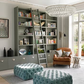 Wimbledon: modern Living room by LEIVARS