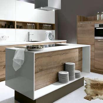Luce / Porto Woodline - Bianco / Chene Pastis:  de style  par Schott Cuisines
