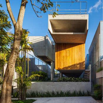 Casas de estilo  de spbr arquitetos