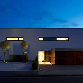 moderne Huizen door Fachwerk4 | Architekten BDA