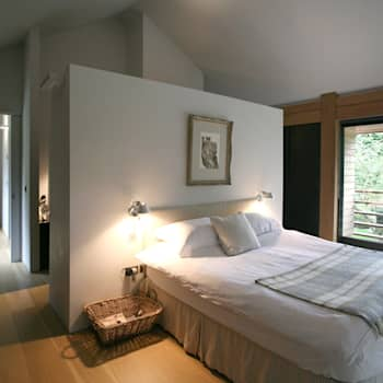 Projekty,  Sypialnia zaprojektowane przez Nicolas Tye Architects
