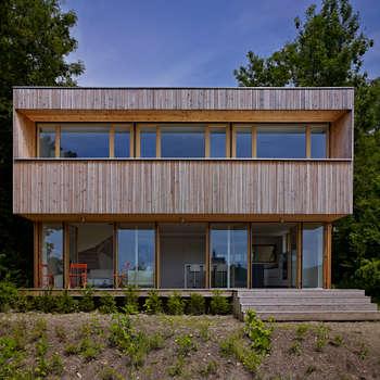 Construction d'une maison individuelle Mur Ossature Bois, Altkirch : Maisons de style de style Classique par LPAA