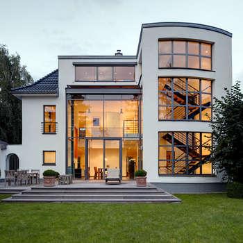 Maisons de style de style Moderne par Architekturbüro Lehnen