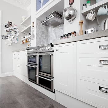 Cocinas de estilo  por William Gaze Ltd