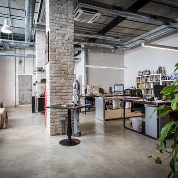 industriële Studeerkamer/kantoor door Stefano Panero Oddi Nyeusi Design