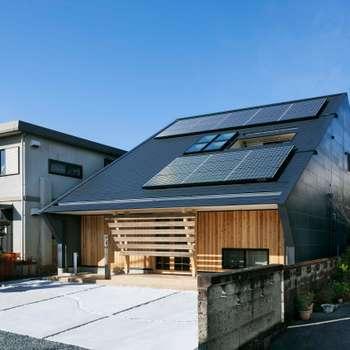 asian Houses by 株式会社タバタ設計