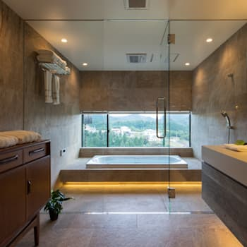 House in Sayo: MimasisDesign [ミメイシスデザイン]が手掛けた浴室です。