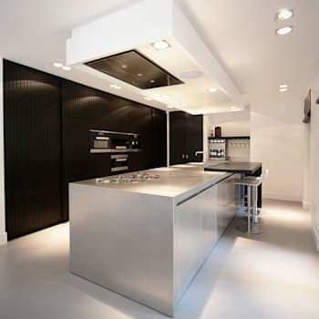 Villa 't Gooi: moderne Keuken door Ecker Keukens en Interieur