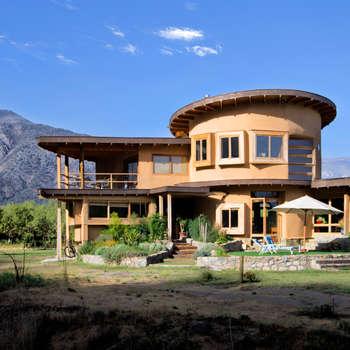 Casas de estilo rústico por ALIWEN arquitectura & construcción sustentable