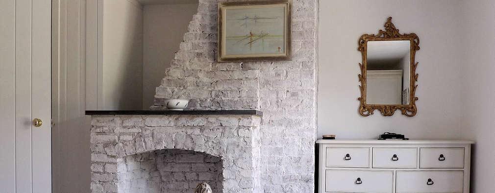 Habitaciones de estilo clásico por Phillips Tracey Architects