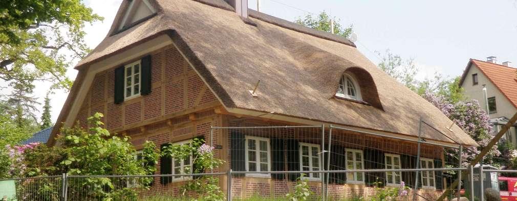 modern Houses by Architektur- und Innenarchitekturbüro Bernd Lietzke