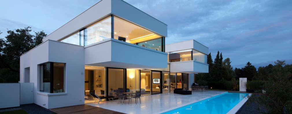 ein traum in wei moderne villa in deutschland. Black Bedroom Furniture Sets. Home Design Ideas