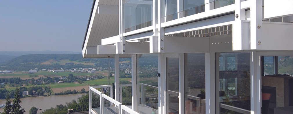 Patios & Decks by DAVINCI HAUS GmbH & Co. KG