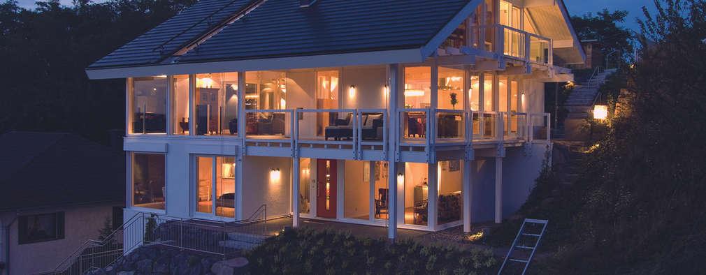 Projekty, klasyczne Domy zaprojektowane przez DAVINCI HAUS GmbH & Co. KG