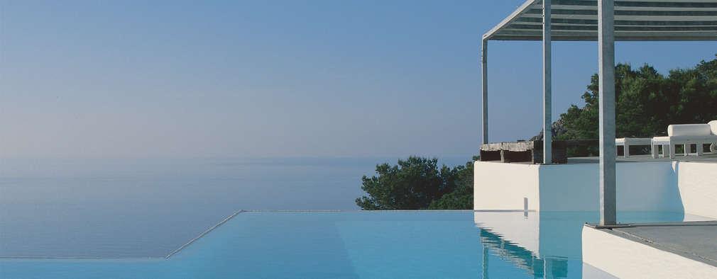 modern Pool by Ramón Esteve Estudio