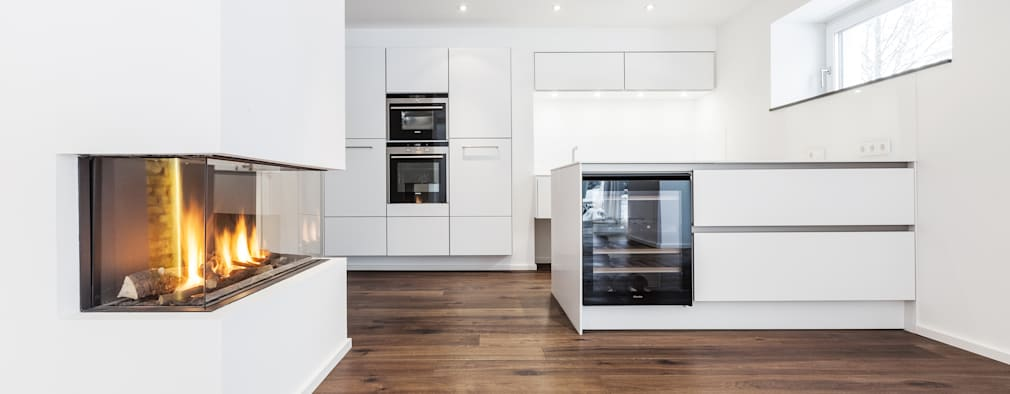 OASE IN DER STADT: Moderne Küche Von ONE!CONTACT   Planungsbüro GmbH