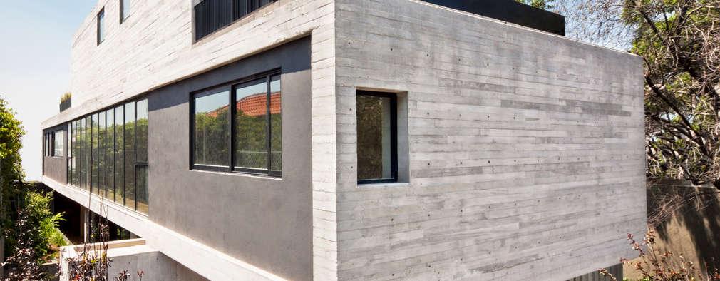 Projekty, nowoczesne Domy zaprojektowane przez © Sandra Pereznieto