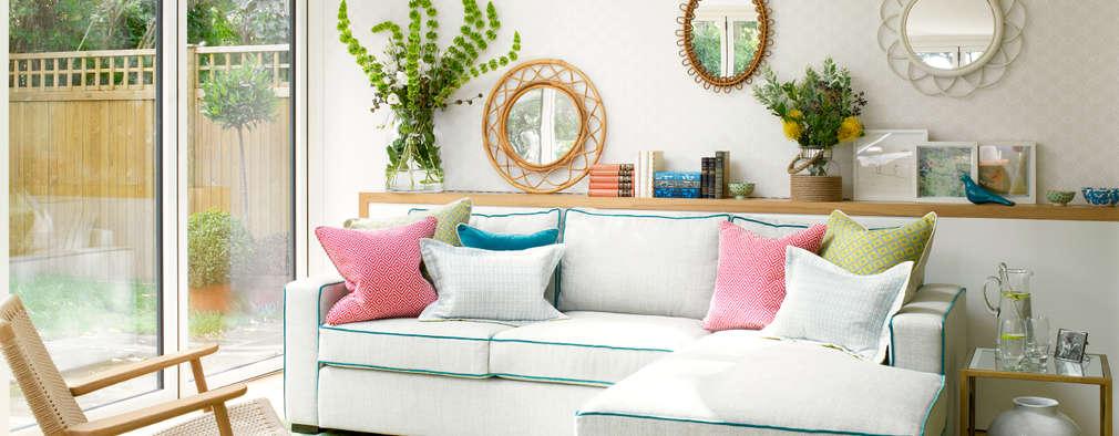 Livings de estilo ecléctico por Amory Brown Ltd