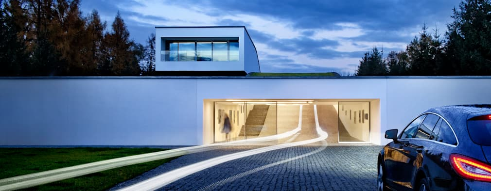 Garage/shed by KWK Promes