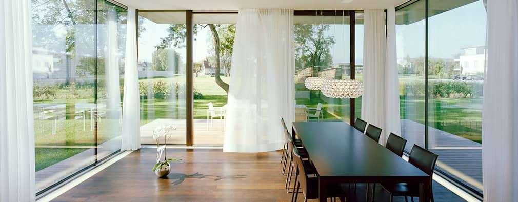 Столовые комнаты в . Автор – Dietrich   Untertrifaller Architekten ZT GmbH