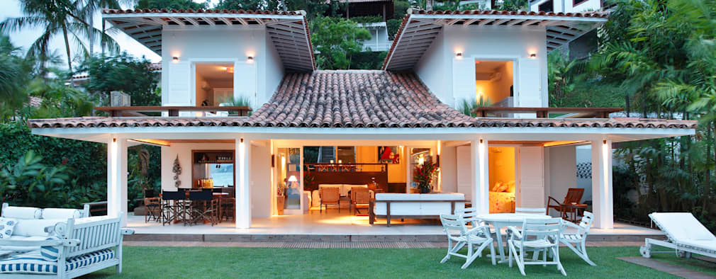 11 casas con techos de teja que vas a querer tener for Techos de tejas para patios exteriores