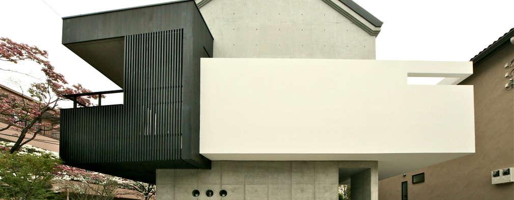 ハナミズキ通りの家: 岩瀬アトリエ建築設計事務所 有限会社が手掛けた家です。