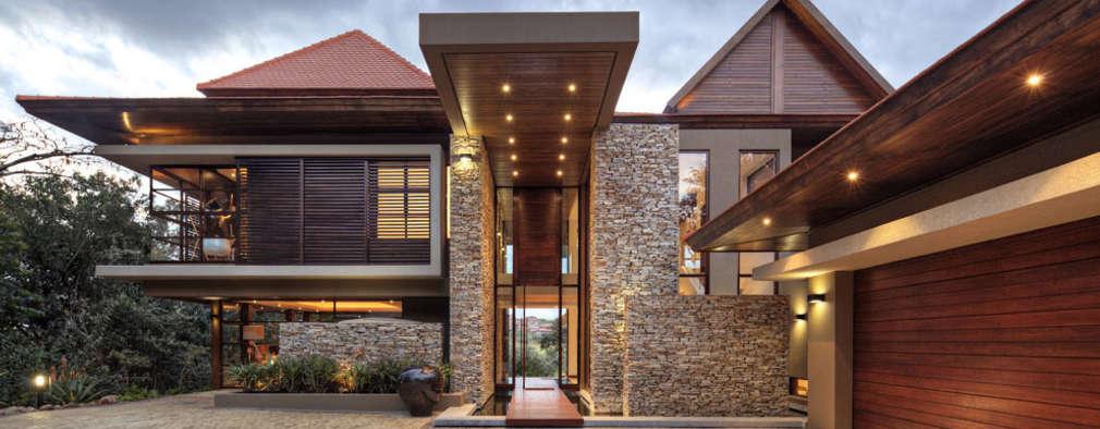 Projekty, nowoczesne Domy zaprojektowane przez Metropole Architects - South Africa