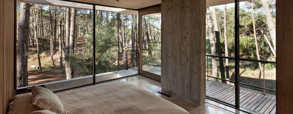 Habitaciones de estilo moderno por ATV Arquitectos