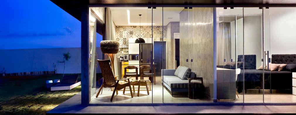 Rumah by 1:1 arquitetura:design