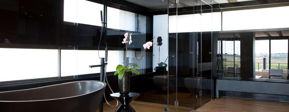 Projekty,  Łazienka zaprojektowane przez Nico Van Der Meulen Architects