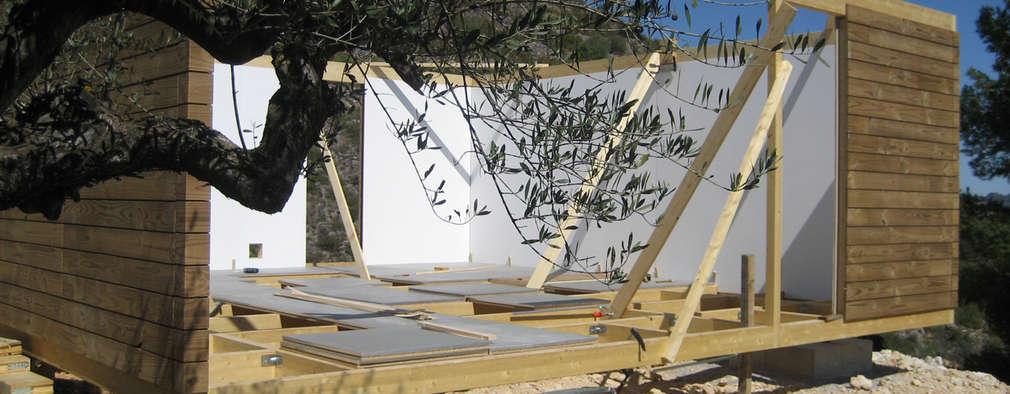 Cómo construir una casa de madera paso a paso (con sus planos)