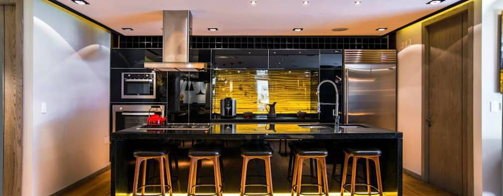eclectic Kitchen by Sobrado + Ugalde Arquitectos