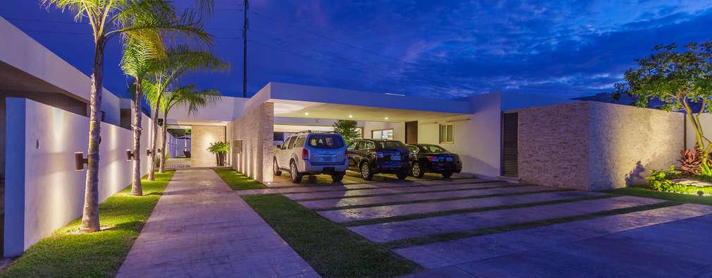 10 fachadas con garaje que te encantar n for Fachadas de garajes