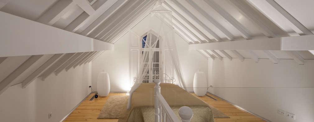 eclectische Slaapkamer door Tiago do Vale Arquitectos