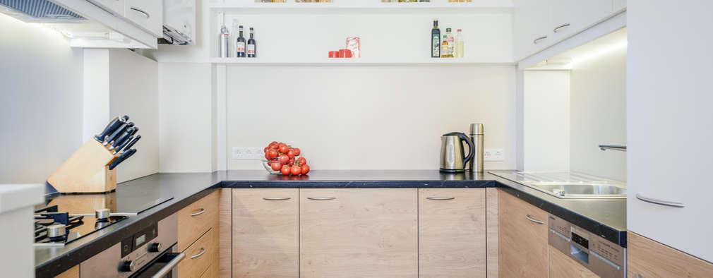 Cocinas de estilo moderno por raumdeuter GbR
