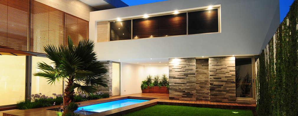 15 piletas hermosas para patios peque itos for Ladrillos para piletas