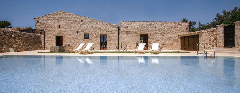 Casa Salina : Giardino in stile In stile Country di Viviana Pitrolo architetto